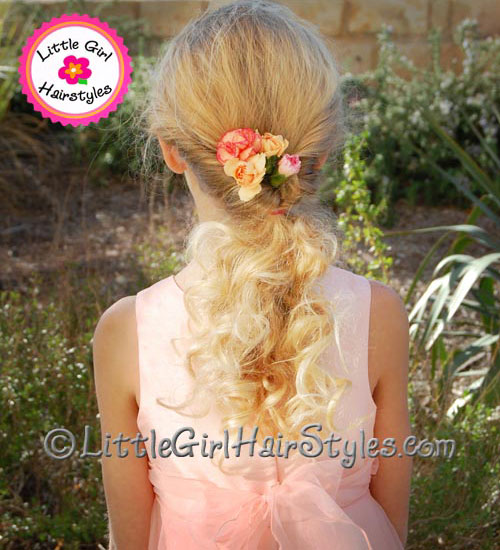 Easy Hairstyle for Girls Flip Ponytail