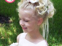 Flower Wreath Hairstyle for Flower Girls