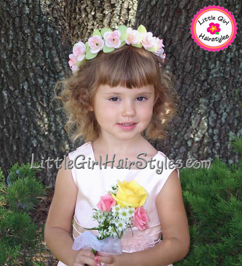 Flower Girls Easy Flower Halo Hairstyle